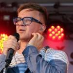 11- Na Městských slavnostech ve Zdicích vystoupil jako hlavní hvězda akce Petr Kotvald- web