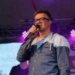 12- Na Městských slavnostech ve Zdicích vystoupil jako hlavní hvězda akce Petr Kotvald- web