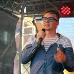 13- Na Městských slavnostech ve Zdicích vystoupil jako hlavní hvězda akce Petr Kotvald- web